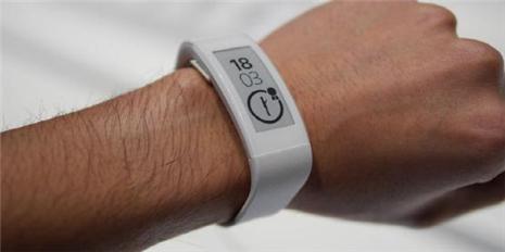 主打运动监测 索尼SmartBand Talk智能手环