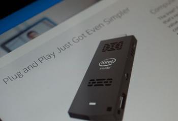 震撼消息 英特尔发布优盘大小的电脑