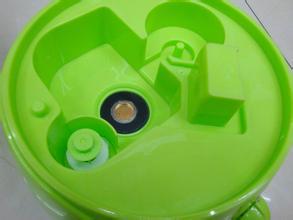 热点话题:使用加湿器不宜直接灌自来水