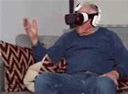 老年人用三星虚拟现实眼镜观看成人影片的反应