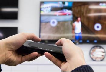 游戏玩家新装备:电视上玩手游