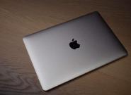 苹果新MacBook取消Logo发光 或因机身变薄