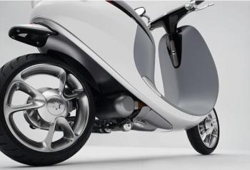 智能电动车配置智能电池让骑行走得更远