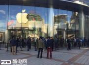 iPhone 6s/6s Plus发售首日 看各国抢购百态!