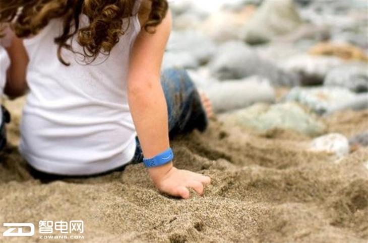 Reveal智能手环:与父母一起呵护自闭症儿童的成长