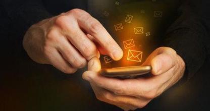 2016手机行业现群雄争霸 看创新与体验能否成市场决胜点?