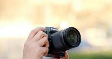 记录爱人最美的笑容 几款微单相机推荐