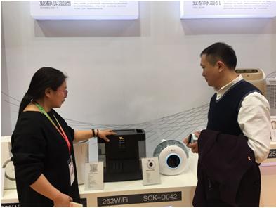 直击AWE2017,亚都智能纯净型加湿器成亮点