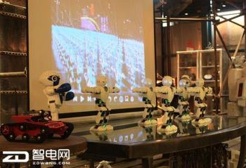 药剂师要失业?自动抓药机器人亮相南京