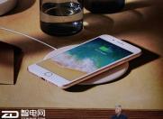 安兔兔跑分20多万的iPhone 8充电器怎么看都像赠品