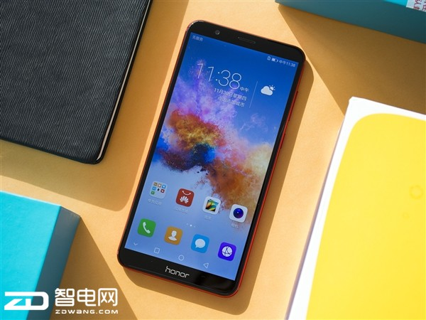 打造中国红手机 荣耀畅玩7x红色版亮点