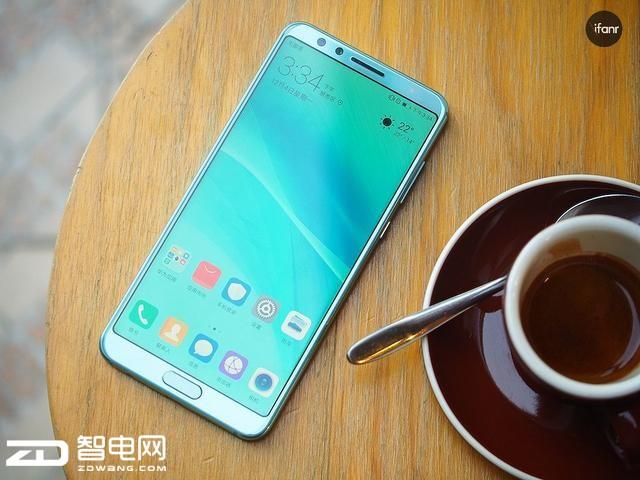 华为nova 2S 发布   荣耀V10成最大竞争对手?