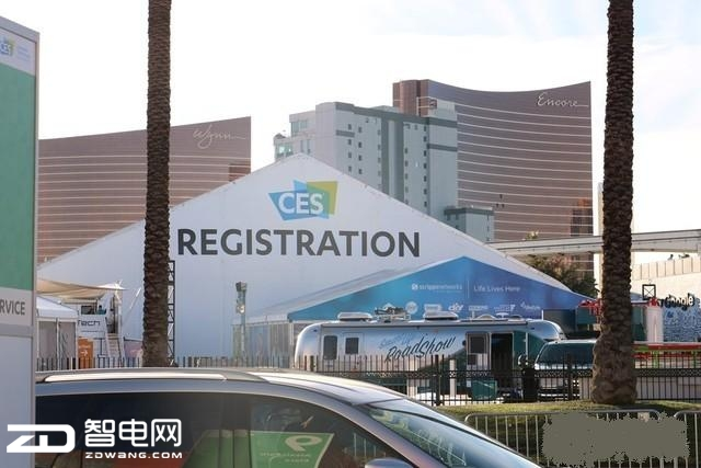 """华为终于要圆""""美国梦""""  CES2018发布新机进军美国市场"""