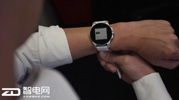 体温发电?这款智能手表想当厉害
