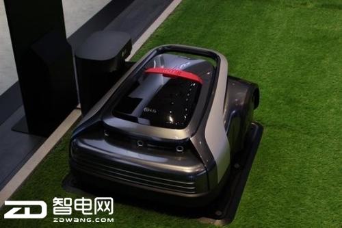 这不是大玩具车而是个割草机器人