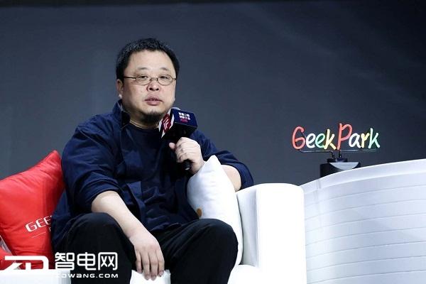侃哥:三星S9系列宣传语曝光 或与F/1.5大光圈镜头有关