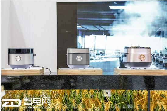智能科技成就地道美食,美的生活电器携全线高端产品亮相2018AWE