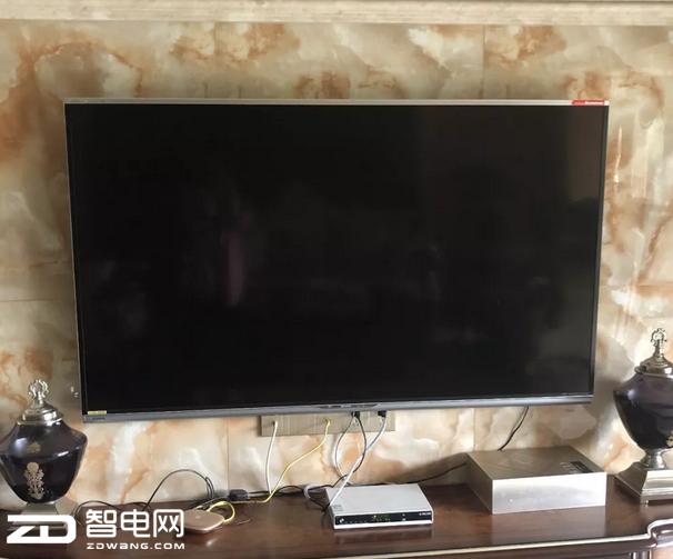 福州女子买超万元电视刚过保修期就坏 客服回答雷人