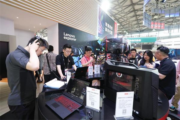 联想正式亮相CES Asia 2018,场景化体验全品类智能产品