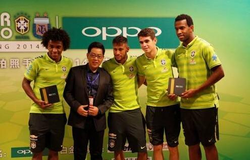 世界大牌球星为什么纷纷选择中国品牌手机
