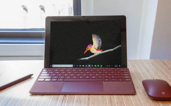 狙击iPad 微软发布入门级平板电脑Surface GO