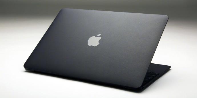 侃哥:三星S10系列或后置三摄;亲民MacBook或于近期亮相