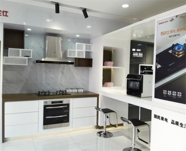 响应品质消费 格兰仕高端厨房电器专营店下沉三四线市场