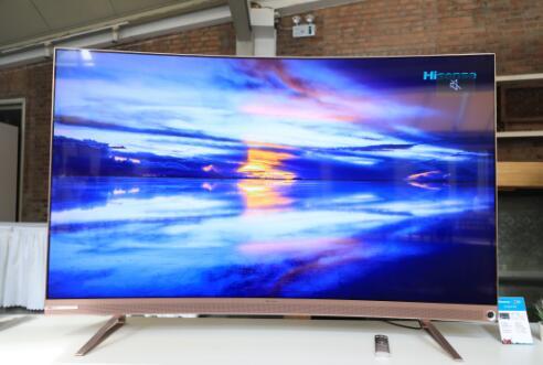 AI电视新标杆!海信全面AI智慧视听电视U8来了!