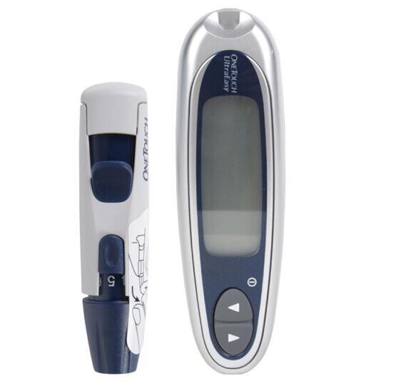 父母年纪大,家中常备健康监测器