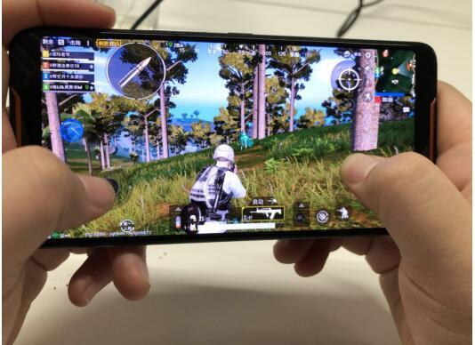 """ROG游戏手机豪情巨献  """"双十一""""京东百元秒手机!"""