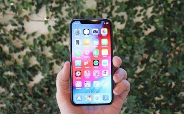 科技来电:明年将有大动作 iPhone重新设计