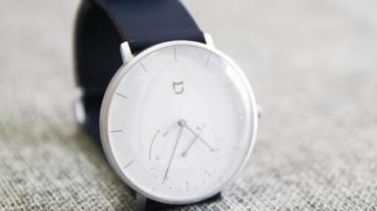 从功能到设计 看联想Watch S 如何领先米家智能手表