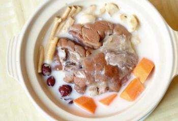用电压力锅做出羊肉红枣汤   方便又好喝