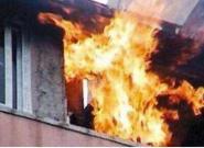 电暖器使用不当?柳州一住宅深夜起火,原因仍在调查中