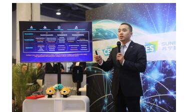 苏宁荆伟CES发声:倡导开源生态形成,让天下没有难做的零售生意