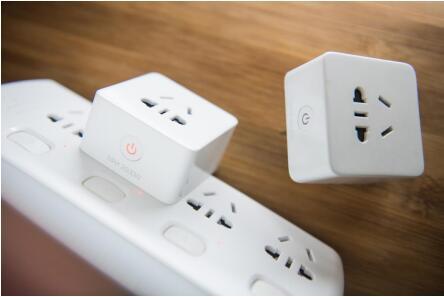 和目WiFi智能插座  用心给家更多爱