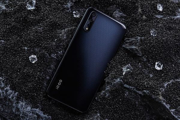 千元骁龙845 iQOO Neo获电商平台双冠军