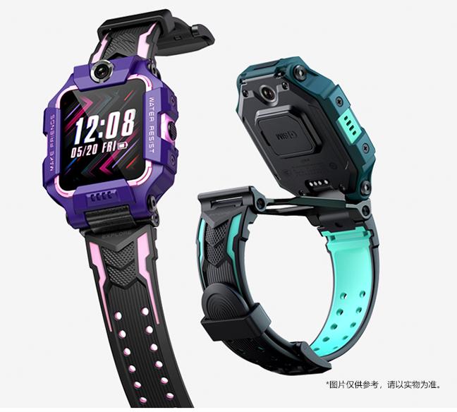新入小学的孩子们 拥有自己的儿童电话手表