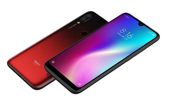 新品手机价格太贵买不起   八九百元的手机比较不错