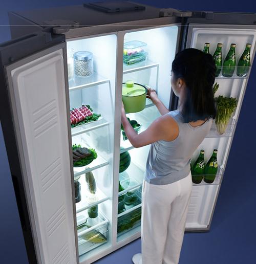 一个能打的都没有!TCL 这款三开门节能冰箱千元价位无敌手