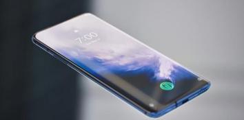 挖孔屏或引来大发展期 多款手机搭载