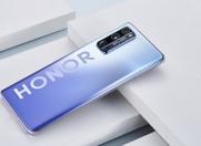 4月21日 荣耀大爆发 五款手机正式开售