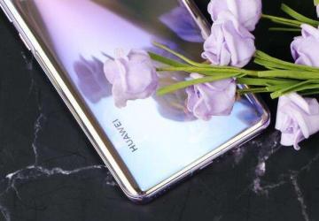 科技来电:华为Nova7的7号镜面渐变色引爆时尚热潮 而极客会不会买单?