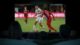 捕捉进球瞬间 创维65G71 4K全民AI娱乐电视流畅更清晰