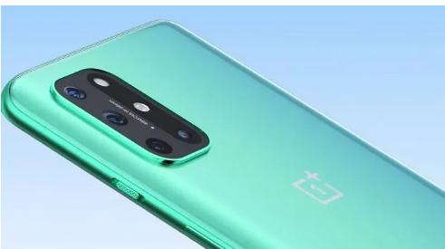 这是一加8T的样子   手机已在泄露的照片和官方视频中泄露