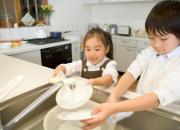 越来越懒的年轻人 你想给家里添置洗碗机吗?