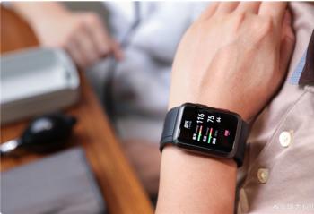 抬手就能测血压!华为首款血压智能手表将至:已获医疗器械认证
